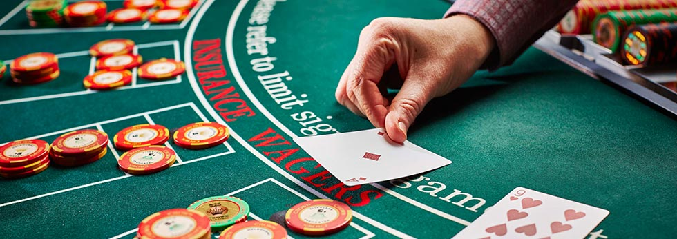 Online casinos offer all the excitement and potential rewards of land-based casinos.