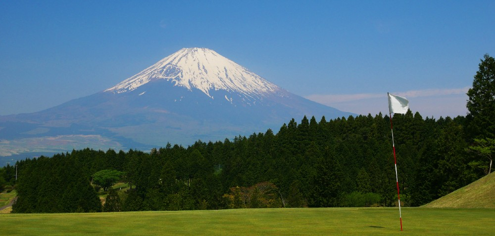 Golf is one sport that originated in Britain and has become hugely popular in Japan.