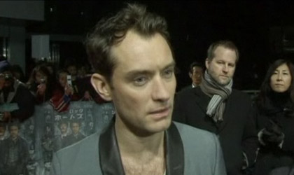 Jude Law at Sherlock Holmes premiere