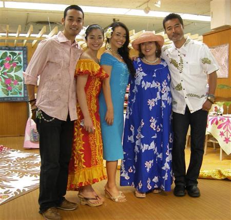 Katsuno Nanami and family