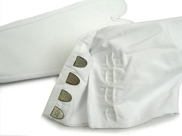 http://store.japan-zone.com/images/apparel/footwear/tabi/tabi_white3.jpg